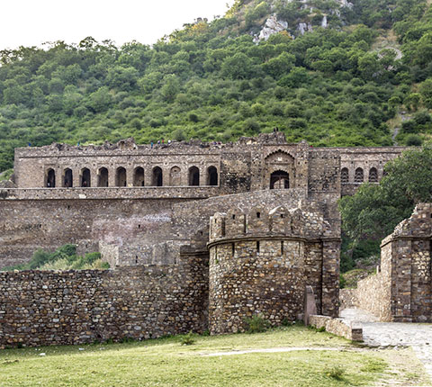 Bhangarh: India's Most Haunted
